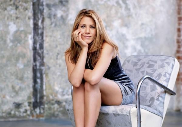 Móda podľa Jennifer Aniston: Tri nadčasové kúsky, ktoré musíte mať v šatníku