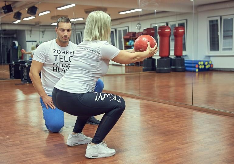 Prezradíme vám: Ako trénovať pod dohľadom osobného trénera doma?