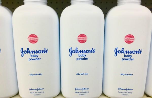 V detskom púdri značky Johnson&Johnson výskyt azbestu nepotvrdili