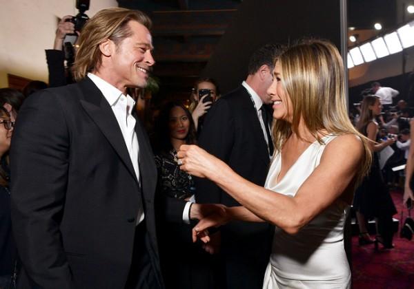 """Brad Pitt a Jennifer Aniston plánujú """"tajný romantický útek"""", aby oslávili Bradovho Oscara"""