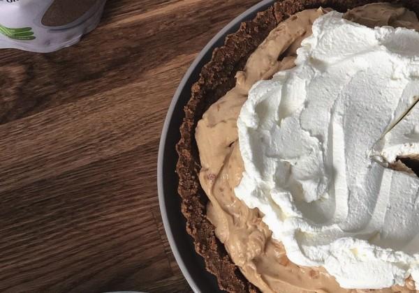 FOTORECEPT: Chutný koláč s arašidovým krémom hotový za pár minút