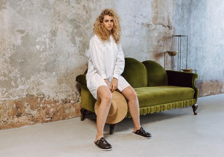 """Letne, udržateľne a """"hezky česky"""" s novou kolekciou sandálov a šľapiek Vasky"""