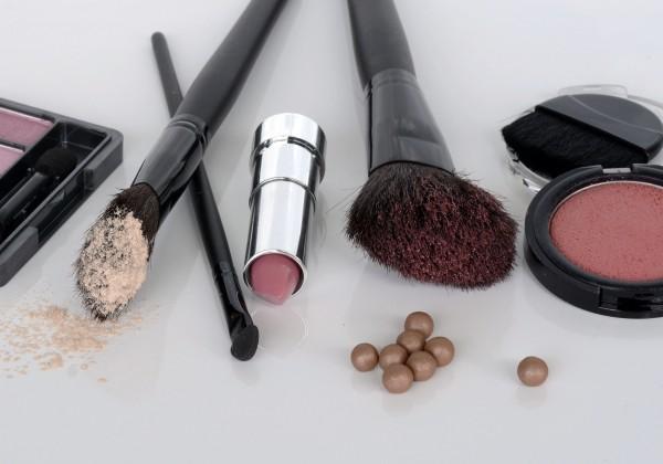 Ako si vybrať dokonalý make-up presne pre vás? Vieme to!
