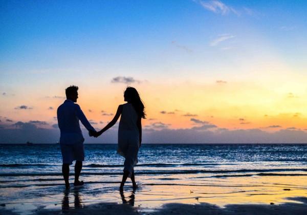 Je to len letné pobláznenie alebo skutočná láska? Zistite, či to s vami myslí vážne aj po dovolenke